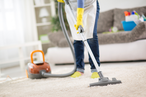 vacuum-carpets-frequently